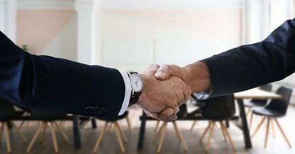 6 Sales Closing Phrases That Make Close Business Deals