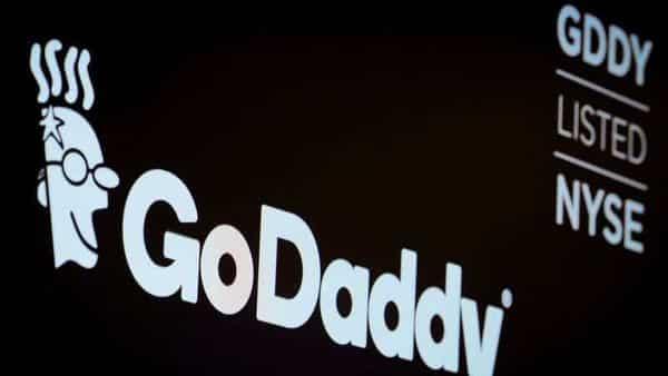 GoDaddy sacks hundreds despite business growth: Report